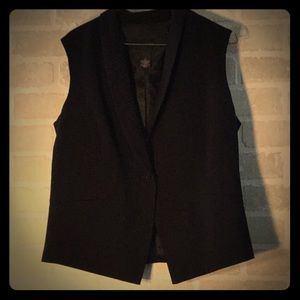 """Investments"" Black One Button Vest"